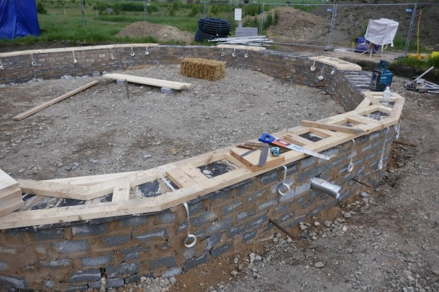 footing, ring beam and flu
