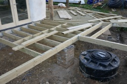 Build diary – week twenty-one, hole in the ground so big and so round